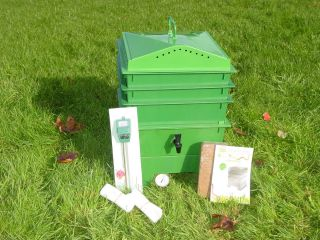 Tray Green Worm Compost Bin with Free Thermometer and Ph Meter