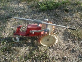 Crestline Pathfinder Traveling Walking Tractor Sprinkler Old Vintage