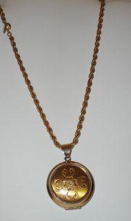 Vintage Napier Signed Gold Plated Locket Pendant Necklace