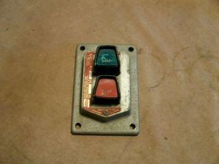 Crouse hinds explosion proof hazardous location light for Hazardous location motor starter