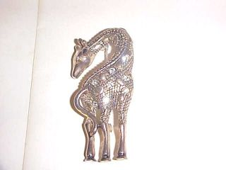 SIGNED PD & CROWN VINTAGE SILVER TONE CLEAR RHINESTONES GIRAFFE BROOCH