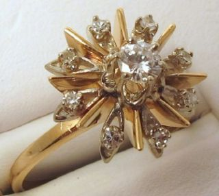 Diamonds Center 0.20ct VS2 Sides 0.10ct VS2 14K Yellow Gold Ring