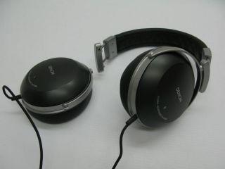 Denon AH D2000 High Performance Over Ear Headphones Broken Ear Piece
