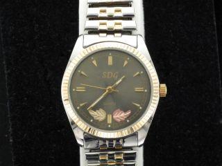 Dakota Gold Co Black Hills Gold Multi Toned Mens Quartz Wrist Watch
