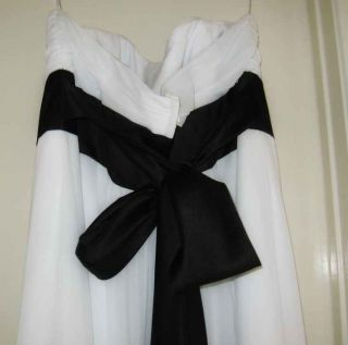 DAVIDS BRIDAL WHITE & BLACK CHIFFON WEDDING GOWN PLEATED BODICE Sz.18