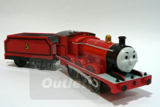 TOMY TRACKMASTER THOMAS AND FRIEND James NEVILLE MOTORIZED Train T05AB
