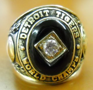1968 DETROIT TIGERS WORLD SERIES CHAMPIONS STAFF MEMBERS AUTHENTIC 10K