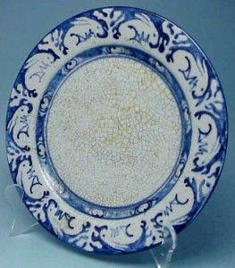 Dedham Pottery 10 inch Dinner Plate Bunny Rabbit Blue Crackle Antique