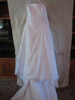 DaVinci Bridal Wedding Gown