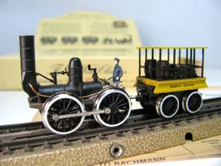 Bachmann HO Scale The DeWitt Clinton Steam Locomotive & Tender #41 500