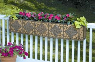 Deer Park Ironworks Large Diamond Window Box w Coco Liner Mounting