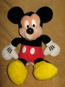 Walt Disney World Theme Park PAL Mickey Interactive Talking Plush