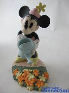 Disney WDCC Minnie Mouse Minnies Garden Mickey Cuts Up Figurine