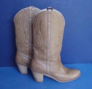 Womens DINGO Vintage Cowboy Western Boots Size 9