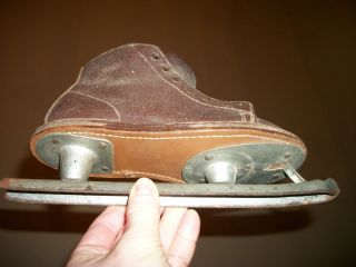 Antique Childrens Double Bladed Ice Skates