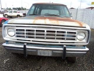 75 76 Dodge RAM 100 Pickup R FRT Window Regulator