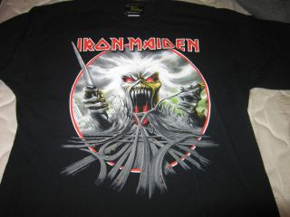 Iron maiden the final frontier California tour 2010 XL shirt