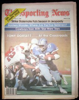 Dallas Cowboys 1981 Tony Dorsett Mint Sporting News