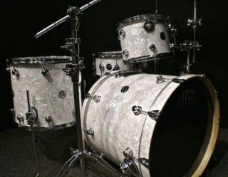 DW drums Performance Series drums sets 3p 22 12 16F White Marine Pearl