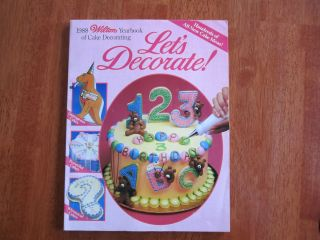 Excellent Condition 1988 Wilton Yearbook of Cake Decorating