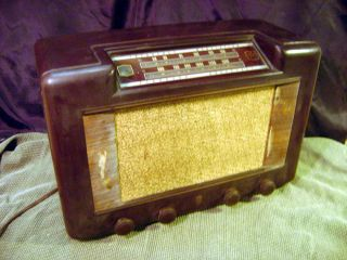 GLF F770 Antique Tube Radio FM Frequency Modulation Complete