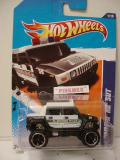 2011 i Hot Wheels El Segundo POLICE HUMMER H2 SUT 161 BLACK WHITE