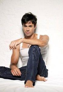 Enrique Iglesias Poster 17 x 24 Hot Male Singer 3