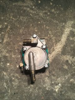 2002 Johnson Evinrude 150HP Fuel Lift Pump Assembly