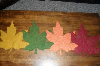 Primitive Fall Thanksgiving Penny Rug Leaf Table Runner