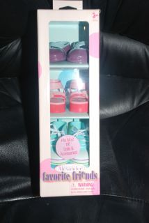 Out Shoe Pack for Favorite Friends 18 Madame Alexander Dolls