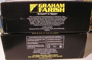 Graham Farish N Scale British Rail Grey Blue Passenger Coaches Model