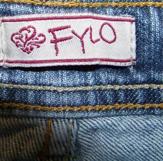 Fylo Sz 8 Shorts Bermuda Capris Womens Blue Jeans Denim Stretch FS16