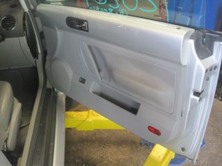 06 VW Beetle Right Passenger Side Front Door Trim Panel