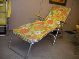 1970s Finkel Chaise Lounge Mid Century Retro Modern Flower Power Pad