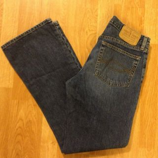 Womens Juniors Abercrombie Fitch Boot Cut Button Fly Jeans in Size 6