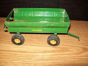 Ertl 1 16 Tractor John Deere Flare Box Wagon Farm Toy
