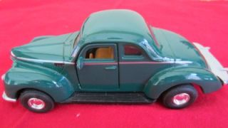 Tootsietoy 1940 Ford Coupe Scale Metal Toy Model Car Green