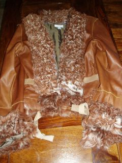 GORGEOUS CACHE MEDIUM LUXE 100% LAMB LEATHER COAT/JACKET WITH LAMB FUR