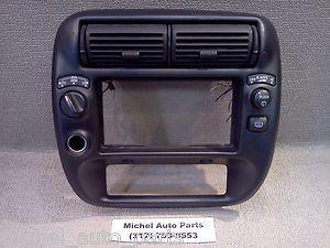 Ford Explorer Radio Dash Bezel 1995 01 AUTO 4x4 HIGH LOW Wiper Defrost