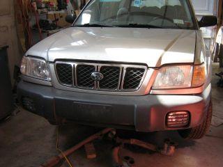 2001 2002 Subaru Forester Headlight Headlamp with Corner Light RIGHT