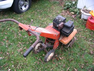 OLDER TRU TEST FRONT TINE TILLER 5 HP BRIGGS AND STRATTON ENGINE