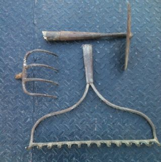 Vintage Lot 3 Farm Garden Tools Rake Hoe Cultivator Barn Find w Extra