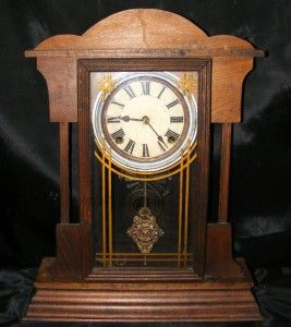 Antique Mahogany Sessions Clock Co Forestville Conn USA Key Mantel