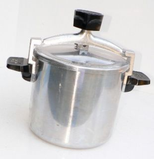 Wear Ever Chicken Bucket Fryer Pressure Cooker 6 Qt