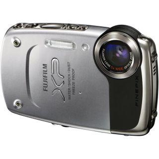 NEW FujiFilm FinePix XP20 Waterproof 14MP Digital Camera Silver