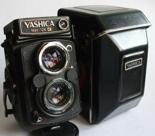 Yashica MAT 124 G 80mm F3 5 Lens TLR Twin Lens Camera Case Good