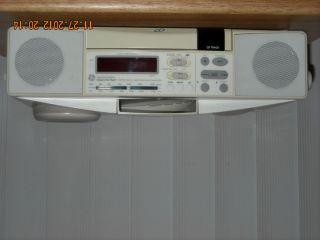 GE Spacemaker Under Cabinet CD Player FM AM Light Radio Model 7 4290