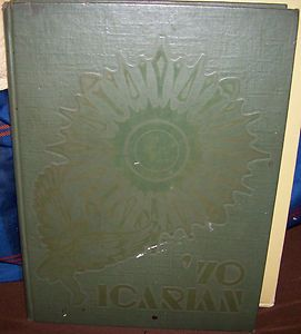 GAGE PARK HIGH SCHOOL YEAR BOOK 1970 ICARIAN CHICAGO ILLINOIS