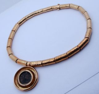 Ladies 18K Yellow Gold Designer Elizabeth Gage Necklace