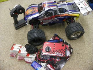 Traxxas Revo Gas Powered RC Truck w Accessories Bundle FOR PARTS